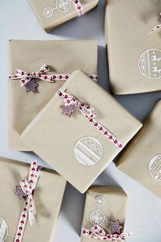 Täyttä elämää: Luukku 23- Joululahjavalvojaisia My Memory, Gift Wrapping, Packaging, Memories, Christmas, Gifts, Gift Wrapping Paper, Memoirs, Xmas