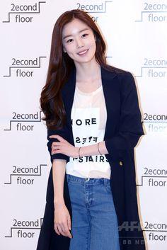 ハン・ソナ、ファッションブランド主催イベントに出席 ソウル 国際ニュース:AFPBB News