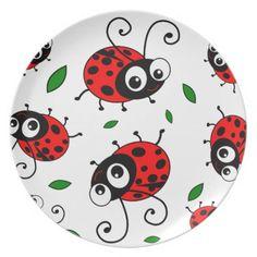 Cute ladybugs pattern dinner plates