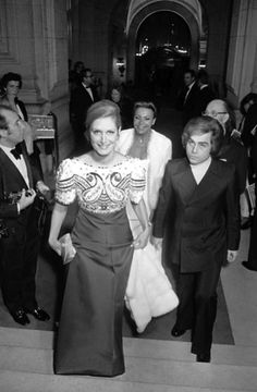 Madame Dalida and brother Orlando (Bruno Gigliotti) at the opera of Paris for the premiere of the movie 'The Godfather' in 1972.