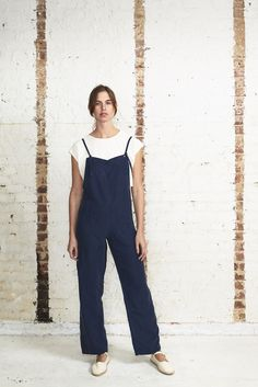 ff4433fa5e1 Getting out of town for the day  These OffSeasonNYC painter overalls are  perfect for a
