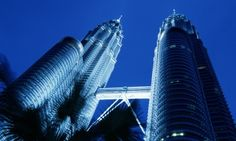 Galaxy Tourism offers Best Price for Petronas Twin Towers Tour and Tickets. Twin Towers are the iconic landmarks of Kuala Lumpur consists Art Gallery, shopping centres. Architecture Design, Architecture Presentation Board, Architecture Background, Architecture Graphics, Kuala Lumpur, Petronas Towers, Santiago Bernabeu, Facade Lighting, Architectural Section