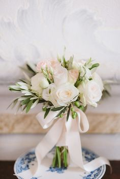 White and Blush Pink Rose Bouquet - pinned by www.youngandmerri.com