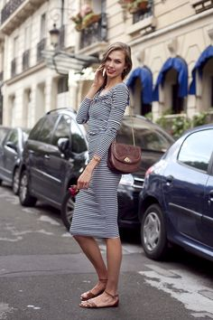 """@KarlieKloss (@NextModels) No matter how high Karlie rises in the world of fashion, she stays grounded and down to earth, always poised and friendly to all her fans without a real hint of favoritism towards the """"elite"""" people. Everyone is equal. Now that's true character. click HERE to see Karlie's official Next Portfolio"""
