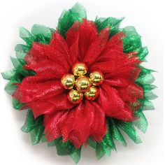 2017 Poinsettia Wide Foil Mesh Gold Ball Wreath Kit Update: Previous kits with fabric mesh and gold balls have sold out. Wreath form is also different in this kit though still Mesh Wreath Tutorial, Diy Wreath, Tulle Wreath, Wreath Burlap, Wreath Ideas, Sunflower Burlap Wreaths, Floral Wreaths, Easy Fabric Flowers, Christmas Mesh Wreaths