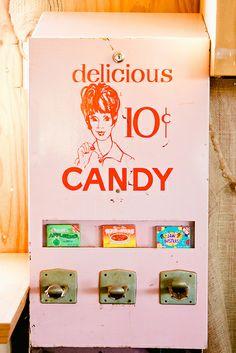 vintage candy machine by wonderfilm, via Flickr