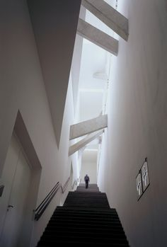 Main Staircase with Structural Beams  Daniel Libeskind. Jewish Museum Berlin. The Void