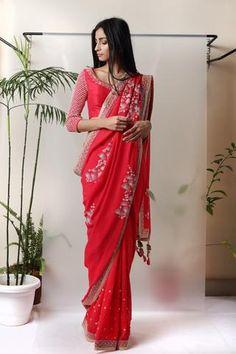 Red Saree - waliajonessWelcome Madsam Timzin now available online at www.waliajones.com x #waliajones #indianwedding #wedding #indianfashion #bollywood #bridal #hinduwedding #weddinginspiration #asianwedding #pakistaniwedding #fashion #weddings #bridalwear #lehenga #punjabiwedding #pakistanifashion #sikhwedding #punjabi #elegant #lengha #weddingseason #indianbride #indian #waliajones #madsamtimzin