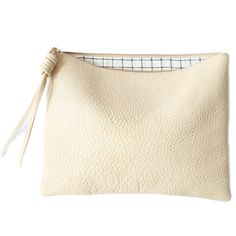 Cream Pouch Large 003