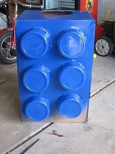 Lego halloween costume or Giant Lego's for a Lego party.idea for a doggy costume Lego Halloween Costumes, Lego Costume, Halloween Clothes, Holidays Halloween, Halloween Diy, Happy Halloween, Blue Spray Paint, Family Fun Magazine, Favorite Holiday