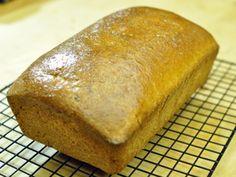 Oggi vi propongo la ricetta pane in cassetta integrale (pancarrè).Io l'ho fatto con 50% di farina integrale ma potete aumentare la percentuale. Leggi qui. Video, Pizza, Bread, Cooking, Food, Home, Kitchen, Eten, Bakeries