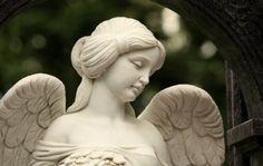 Reiki Angelico, Tarot, Hand Reflexology, Garden Angels, Face Pictures, Nordic Interior, Garden Sculpture, Statue, Outdoor Decor