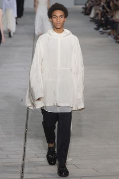 Jil Sander Spring 2018 Ready-to-Wear  Fashion Show Collection