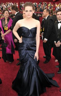 17 Best Red Carpet Dress images  6ab615e6f140