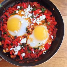 Duck egg shakasuka - perfect #sundaybrunch and #postworkout meal. Duck eggs from @farmdrop made it really rich & filling. Used a little @waitrose ruby rose harissa as well as a little fresh chilli. Super #nutritious & gets in at least 2 of your #fiveaday - you could add spinach or greens in as well the red onion red pepper & tomatoes - from @chegworthvalley - I meant to but forgot! I sprinkled over a little feta but you don't have to! #leangains #foodie #foodgasm #healthyfoodporn…