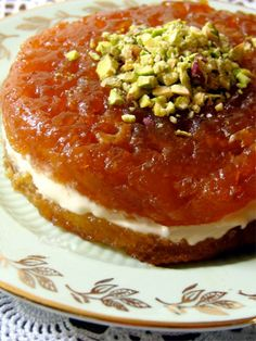 Ekmek kadayıfı/ decadent Turkish bread cake cooked in caramelized sugar syrup, served with kaymak (thick Turkish clotted cream), topped with pistachiod Turkish Recipes, Greek Recipes, Turkish Sweets, Turkish Dessert, Raw Carrot Cakes, Delicious Desserts, Dessert Recipes, Middle Eastern Recipes, International Recipes