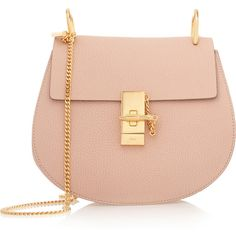 Chloé Drew medium textured-leather shoulder bag (7.210 RON) ❤ liked on Polyvore featuring bags, handbags, shoulder bags, pink, chloe crossbody, purse, pink shoulder bag y red crossbody