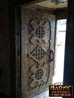 входные двери под старину