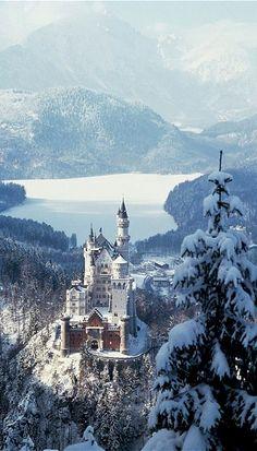 Simply magical.. Neuschwanstein Castle, Bavaria, Germany