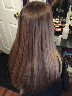 Ashy beige Long Dark Hair, Long Layered Hair, Light Brown Hair, Light Hair, Pretty Hairstyles, Straight Hairstyles, Wow Hair Products, Beige Hair, Medium Hair Styles