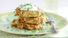 Stash These 3 Foods in Your Freezer for a Fast Lunch Anytime By What To Eat Veggie Pancakes with zucchini, carrot, or something else unexpected. Healthy Dishes, Healthy Snacks, Healthy Eating, Clean Eating, Vegetable Recipes, Vegetarian Recipes, Healthy Recipes, Vegetable Sides, Yummy Recipes
