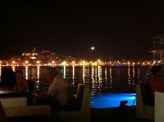 Calma | Bistro & Bar en Ibiza. Las mejores vistas de Ibiza ciudad