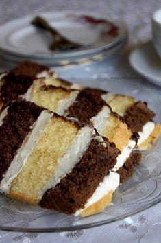 Metrowiec - Magia w Kuchni Keto Dessert Easy, Dessert Recipes, Desserts, Cake Recipes, Sweets Cake, Cupcake Cakes, Food Cakes, Macarons, Tiramisu