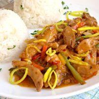 Recept : Sladko-pálivé králičí nudličky   ReceptyOnLine.cz - kuchařka, recepty a inspirace Thai Red Curry, Ethnic Recipes, Food, Essen, Meals, Yemek, Eten