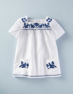 Mini Boden's Embroidered Folk Tunic is one of Aubrey (aka Lily from Modern Family's) favourites. See what else Aubrey loves here > http://www.bodenusa.com/en-us/aubrey-shop