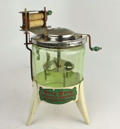 Toy washing machine made of Vaseline glass Antique Washing Machine, Toy Washing Machine, Washing Machines, Vintage Tools, Vintage Style, Vintage Appliances, Vintage Laundry, Old Toys, Children's Toys