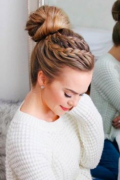 These fresh and trendy spring hairstyles will help you to bring a little change in your life and revamp your look. Hurry up to see them. #hairstyles #longhairstyles