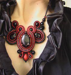Collana in soutache Κολιε κεντημένο με soutache necklace (SOUTACHE)