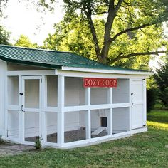 Building a Chicken Coop - This is a great coop design to attach to a garage or small barn/shed Building a chicken coop does not have to be tricky nor does it have to set you back a ton of scratch. Keeping Chickens, Raising Chickens, Pet Chickens, Backyard Farming, Chickens Backyard, Pet Food Storage, Chicken Coup, Chicken Runs, Small Barns