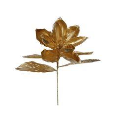 El rojo y dorado siempre será la combinación estrella de Navidad. Es una elegante propuesta con destellos escarchados vibrantes que dará un toque elegante, cálido y distinguido a su hogar. Es una colección clásica que incluye decenas de adornos para el árbol, muñecos decorativos con acabados de finas lentejuelas y canutillos, textil decorativo y flores que además de la Poinsetta, incluyen magnolias y hortensias. Cheers, Magnolias, Holiday, Plants, Classy Nails, Ornaments, Christmas Stars, Bugle Beads, Hydrangeas
