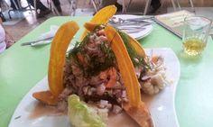 Ceviche en restaurante El Tronco, San Miguel, Lima.