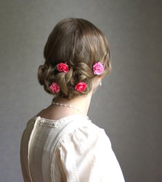 White and Gold Wedding. Bridesmaid Hair. Natural Hair. Pretty hair & accessories // Rose's Nest  Four Hot Pink And Light Pink Flower Hair by JosKii, €16.00