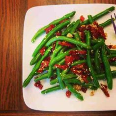 I Don't Go to the Gym: Sesame String Beans with Sun-Dried Tomatoes