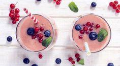 Die schnell gemixten Drinks sind die neuen Lieblinge der Fitness-Szene. Und das zu Recht, denn sie stecken voller Vitamine.  Wir haben unsere 9 Lieblings-Rezepte zusammengestellt