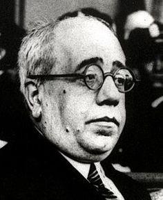 Manuel Azaña, 1933.jpg