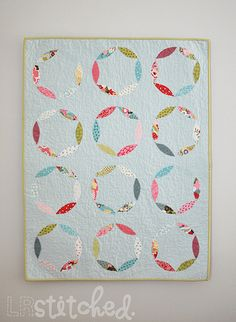 Mod Circles Appliqued Baby Quilt Tutorial (Moda Bake Shop)