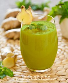 10 perfect detox smoothies to feel good in the morning! In addition they are really delicious! - 10 perfect detox smoothies to feel good in the morning! In addition they are really delicious! Smoothies Detox, Detox Diet Drinks, Detox Juices, Detox Foods, Smoothie Diet, Quick Detox, Healthy Detox, Vegan Detox, Week Detox Diet