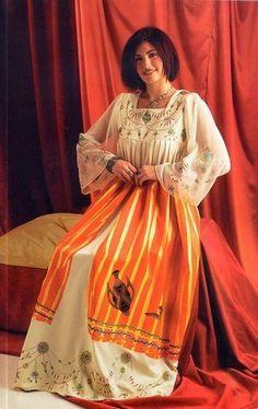 Robes Kabyles 2013 des beaux robes kabyles photos 60668_YQHUVDMJJJ58W8S7MQMVHOLRFAU8MZ_robe_kabyle_avec_fouta_H232622_L.jpg