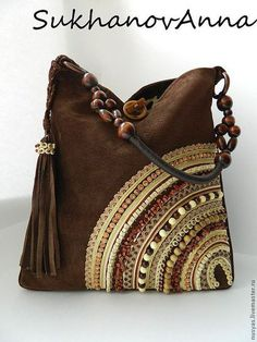 Diy bag with stitched beads- Diy bolso con cuentas cosidas Diy bag with stitched beads - Patchwork Bags, Quilted Bag, Tote Handbags, Purses And Handbags, Coin Purses, Handmade Purses, Handmade Bracelets, Boho Bags, Beaded Bags