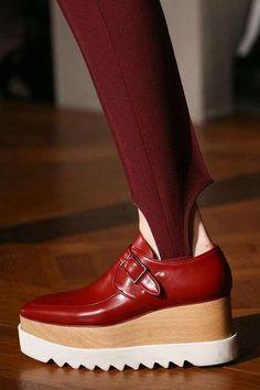 Zapatos planos con plataforma: Los mejores modelos - Zapato rojo con plataforma