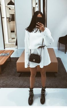 35 Daily Outfits For Teens trendy outfits 35 Daily Outfits For Teens Fashion Mode, Look Fashion, Autumn Fashion, School Fashion, Fashion 2018, Lifestyle Fashion, Classy Fashion, Fashion Images, Party Fashion