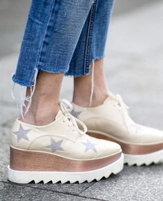 Pin for Later: See the Best Street Style From All of Paris Fashion Week Day 3 Stella McCartney shoes Fashion Week, Look Fashion, Paris Fashion, Fashion Shoes, Fashion Trends, Stella Mccartney Platform, Stella Mccartney Shoes, Stella Shoes, Mode Shoes