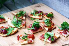 Grape-prosciutto-arugula-flatbread-recipe-2