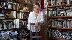 Maria Teresa Andruetto - autor 2012 Maria Teresa, Hans Christian, Coat, Books, Fashion, Literatura, Moda, Sewing Coat, Libros