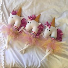 """""""Unicorns. Only AWESOME people can see them ☺️"""""""