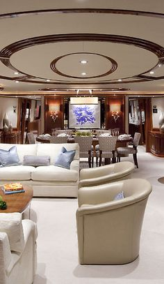 Photo Gallery - Westport 112 Model | 34 meters
